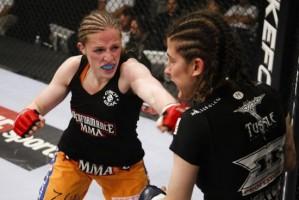 Sarah Kaufman vs Roxanne Modafferi