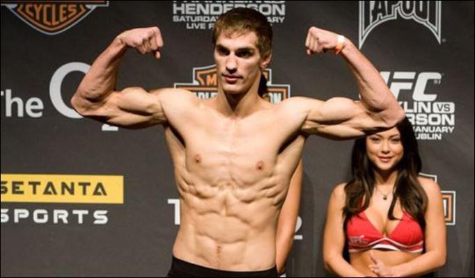 John Hathaway, Oli Thompson out of UFC 138