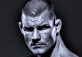 michael bisping black and whte