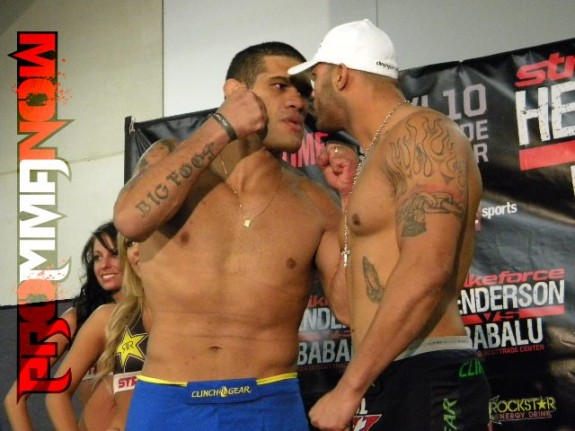 Mike Kyle vs. Antonio Silva stare down