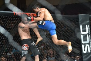 justin buchholz flying knee on thiago meller at scc2