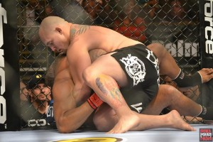 shawn jordan-lavar johnson-grapple