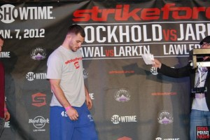 strikeforce rockholt 114