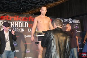 strikeforce rockholt 117