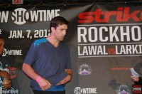 strikeforce rockholt 185