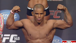 UFC 171 estimated paydays, Hector Lombard leads the way with $300,000 salary