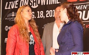 rousey-kaufman-faceoff_prommanow.com
