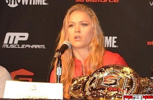 rousey-with-belt_prommanow.com