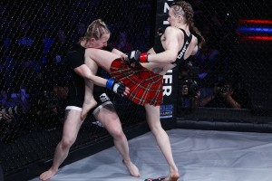 Joanne Calderwood (right) showcased her Muay Thai skills against Livia von Plettenberg at Invicta FC 4. Photo by Esther Lin for Invicta Fighting Championships