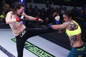 Leslie Smith kicks Raquel Pennington