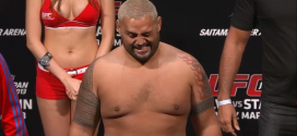 Mark Hunt to 'likely' earn title shot if he knocks out Junior dos Santos at UFC 160