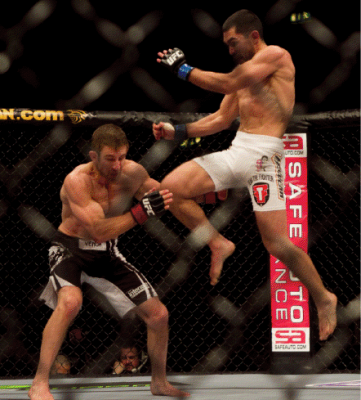 Ulysses Gomez flying knee UFC