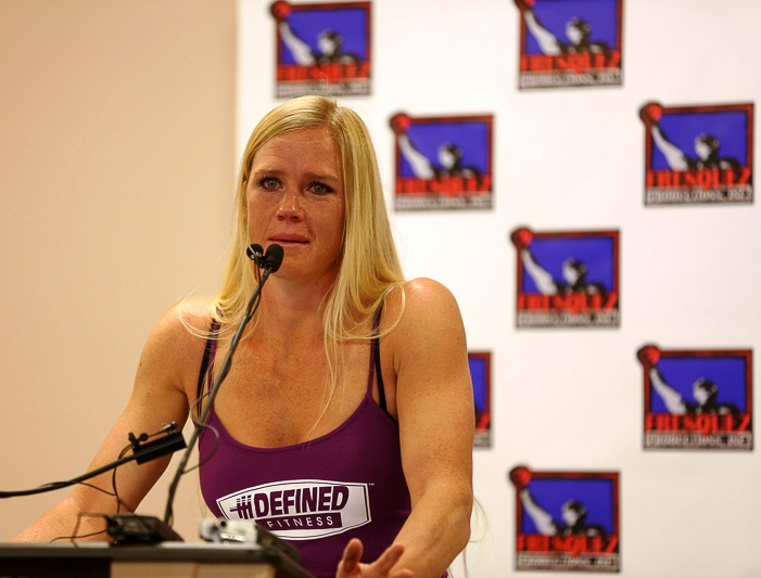 Boxing champ Holly Holm to retire and pursue MMA career full time