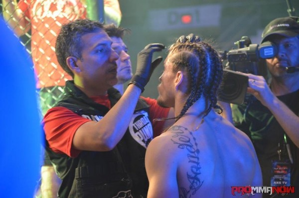 Cutman David Maldonado prepping MMA fighter Luke Sanders