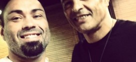 Eddie Bravo demonstrates Rubber Guard to Rickson Gracie | VIDEO