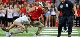 VIDEO: Ohio State coach Anthony Schlegel brutally body slams a fan
