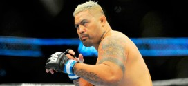 Mark Hunt doesn't feel he should headline another card