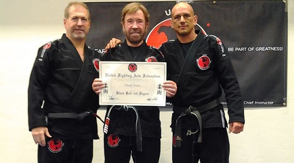 Chuck Norris receives 3rd degree in BJJ