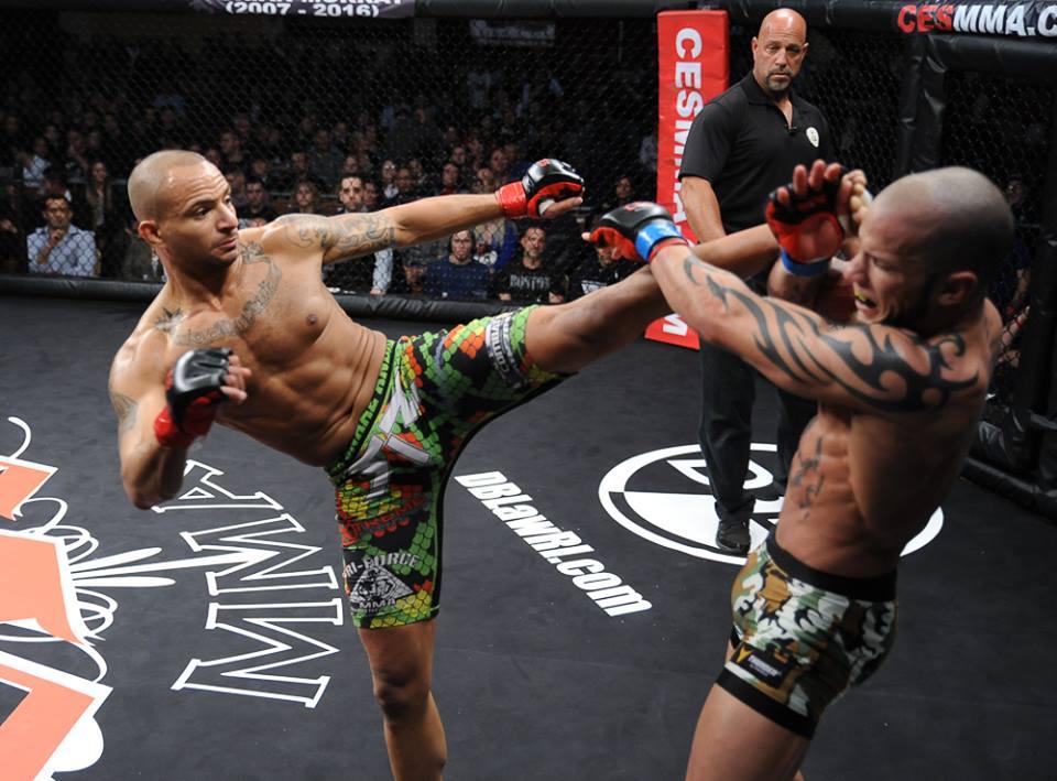 Nate Andrews kicks