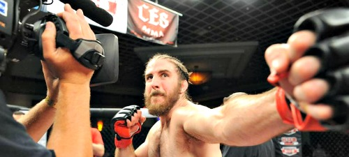chuck-oneil-strikes-a-pose-at-ces-mma-37-1