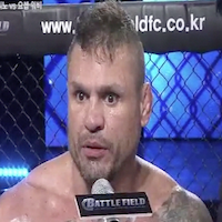 Watch Jorge 'Macaco' Patino nearly rip off opponent's arm at Battlefield FC