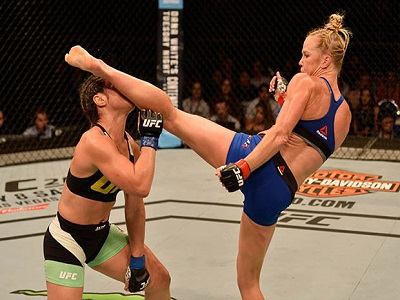 Holly Holm ready to fight Cyborg if contract appears